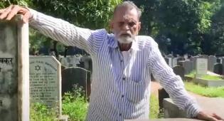 צפו: המוסלמי האחרון שבונה מצבות ליהודי מומביי