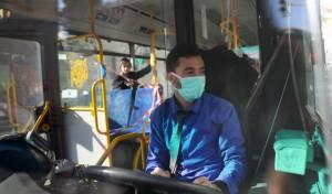 נהג אוטובוס בקורונה. למצולמים אין כל קשר לכתבה