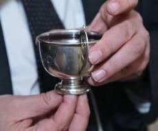 בחתונת הנין קידשו על כוסו של הבבא סאלי