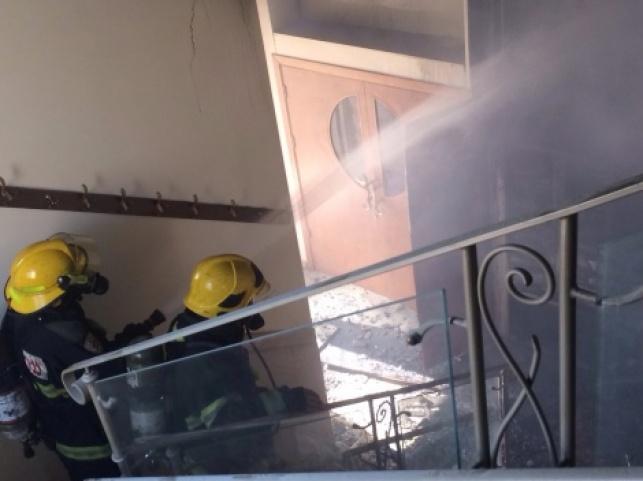 בגלל הפלטה: שריפה פרצה בבית כנסת בי-ם