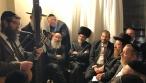 מסיבת חג הפסח אצל אברהם רובינשטיין • צפו