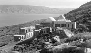 קבר רבי מאיר בעל הנס והכנרת, בשנת 1937