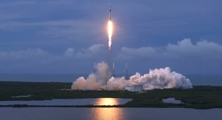 הלוויין הישראלי 'עמוס 17' שוגר בהצלחה לחלל מפלורידה