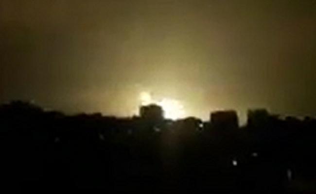 תקיפה בעזה. ארכיון - חיל האוויר  תקף יעדי חמאס ברצועת עזה