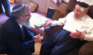 הרב אברהם צוקרמן עם הרב סתיו