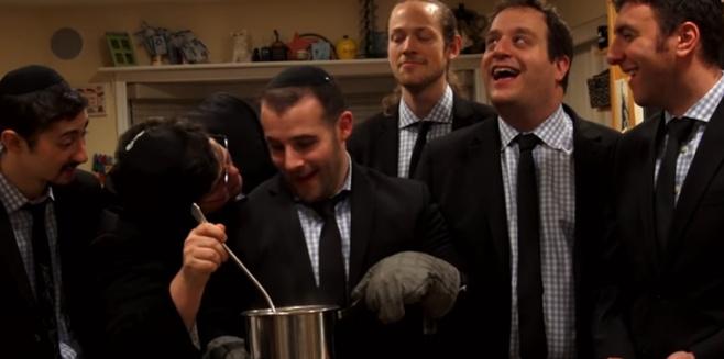 six13 בקליפ פסח המסורתי -  Seder Crew