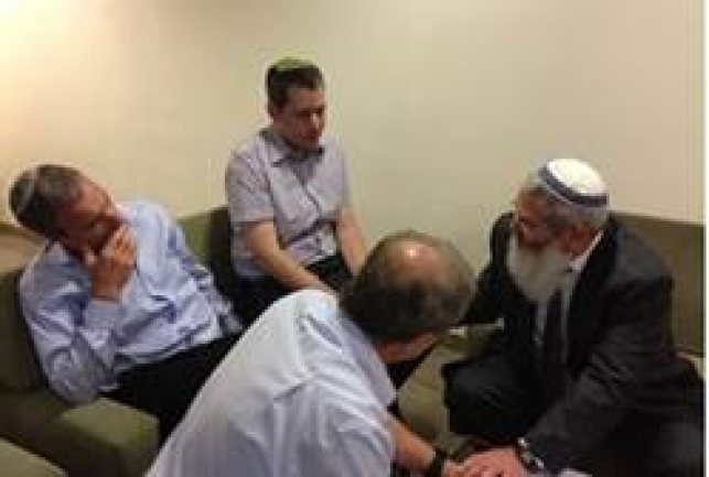 """פגישת ח""""כ שטרן והרב בן דהן"""