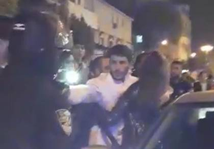 """ב""""ב: שוטרים הפילו אישה ושברו את ידה"""