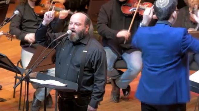 """קובי אריאלי מבצע: """"כבודו מלא אולם"""""""