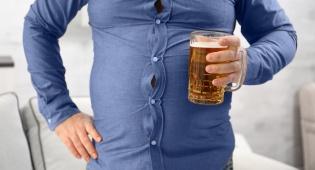 איך להיפטר מכרס בירה בלי להפסיק לשתות