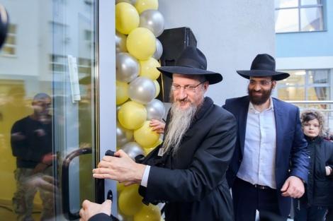 אגף חדש לבית היתומים היהודי במוסקבה