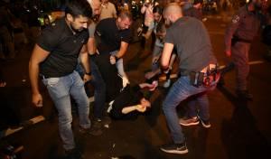 מעצר בהפגנה. ארכיון