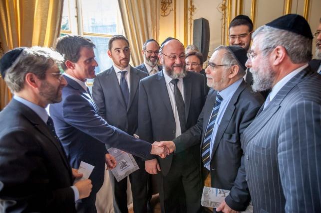 הרב גיגי עם ראש ממשלת צרפת מנואל וליס