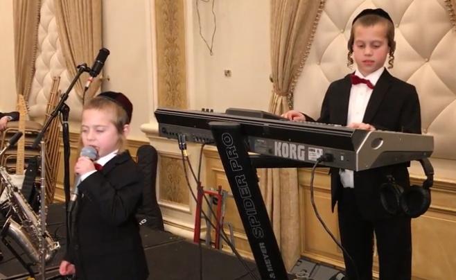 להיט ברשת: הילדים שתפסו פיקוד על התזמורת