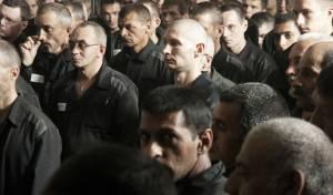 אסירים בכלא רוסי