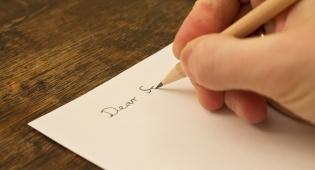 איך מנתחים כתב יד?