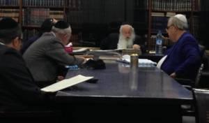 הרב איידלמן בהתוועדות בקזבלנקה