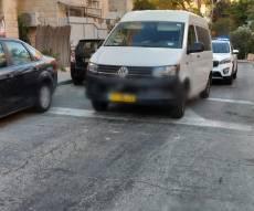 רכב הנכה שחסם את הרחוב