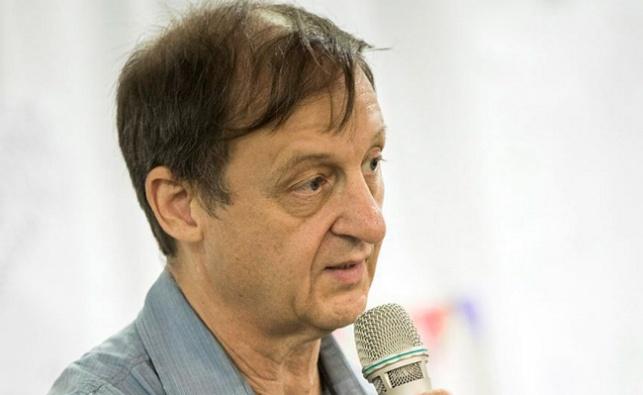 פרופ' מיקי וינטראוב, מנהיג הרופאים המתפטרים