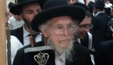 """הגר""""י דז'ימטרובסקי זצ""""ל - 'יתד' השמיט חלק מהמספידים בהלוויה"""