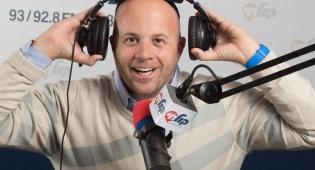 מנחם טוקר היה בשידור ברדיו וניצל מהקנס
