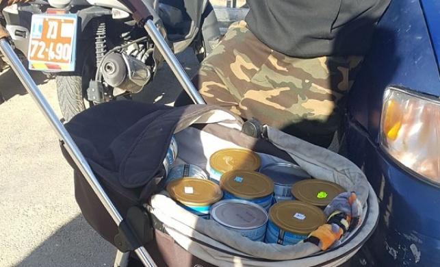 שני זוגות גנבו עשרות מוצרי מזון לתינוקות
