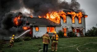 להישמר מפני שריפות בבתים. אילוסטרציה