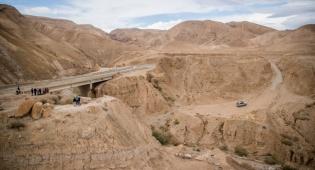 ציידי השיטפונות יצאו למדבר יהודה •  גלריה