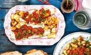דג לברק אפוי עם רוטב מרענן ותפוחי אדמה - תשעת הימים: דג לברק אפוי עם רוטב מרענן