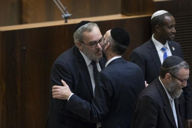 """הכירו : העוזרים החדשים של ח""""כ יעקב אשר"""