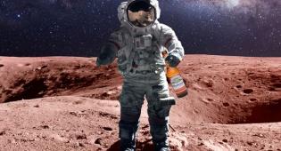 צעד קטן לאדם. צעד ענק לכרס הבירה - באדוויזר מפתחת בירה שנוכל לשתות על המאדים