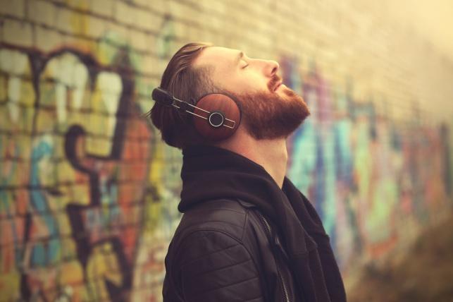 הטרנד החדש לטיפול עצמי שכדאי לכם להכיר: תרפיה בקול