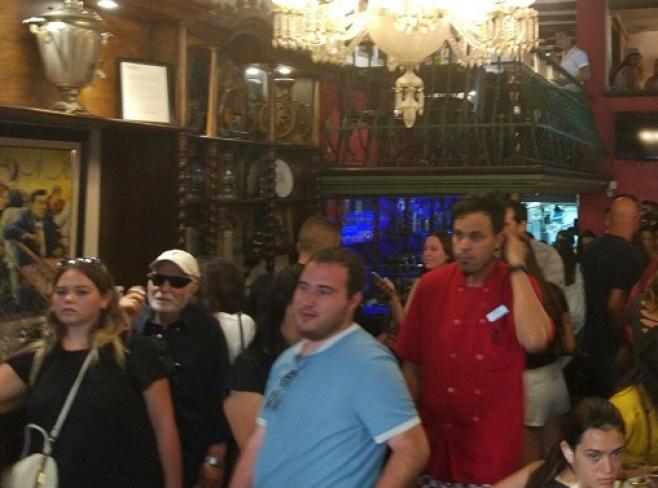 במסעדה בברצלונה אמרו קדיש נרגש • צפו