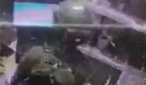 לוחם גנב סיגריות מפלסטיני, תועד - ונענש