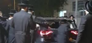 בושה: כמעט לינץ' בשוטרים, בבני ברק • צפו