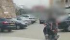 צפו: השוטרים עצרו שני קטינים על קטנוע