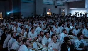 """כאלף תלמידי חב""""ד מישראל הגיעו לברוקלין"""