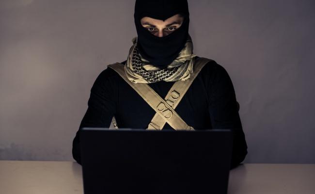 פרסם בפייסבוק סרטונים של דאעש ונעצר