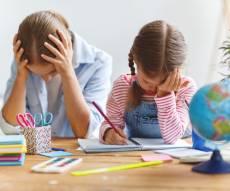 איך תגרמו לילדיכם להכין שיעורי בית בכיף?