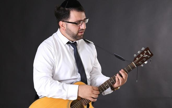 """גיל ישראלוב בסינגל חדש: """"מזמן לזמן"""""""