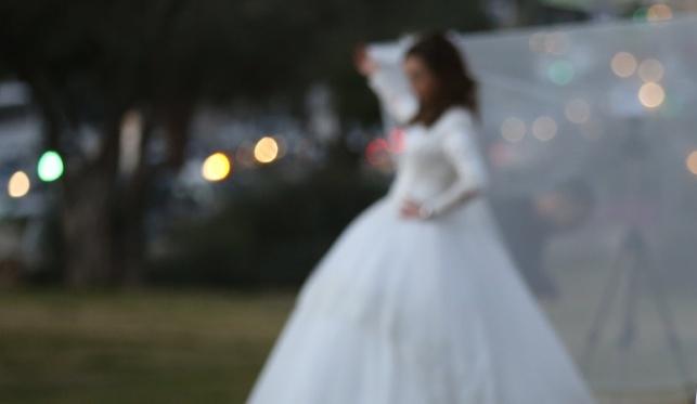כלה בצילומים לפני חתונתה. אילוסטרציה