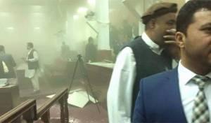 צפו בוידאו: פיגוע בפרלמנט האפגני