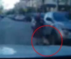 נס: ילדה קפצה לכביש ונבלמה ברכב • צפו