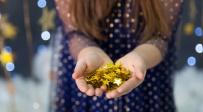 מטילי זהב הון כסף עושר