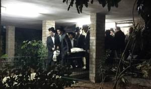 """תיעוד: הלווית הרב מאיר רוט ז""""ל"""