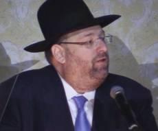 רכניץ מודיע על התרומה - ערב חתונת בתו: רכניץ הבטיח מיליון דולר לישיבה