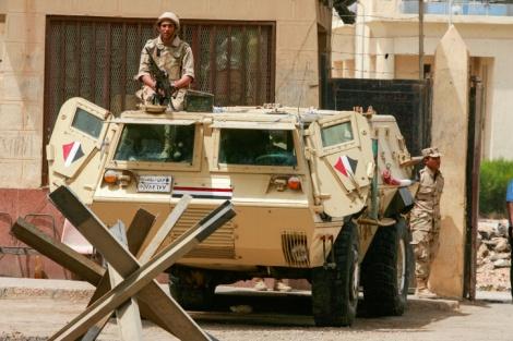 חיילים מצריים בגבול - פיגוע של דאעש נגד ישראל - זה עניין של זמן