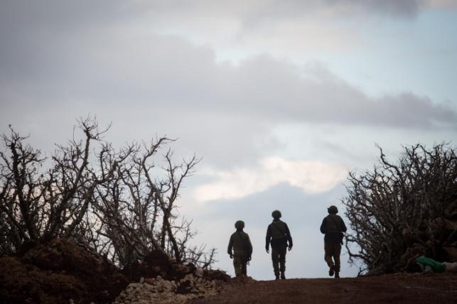 """חיילי צה""""ל בגבול לבנון. ארכיון"""