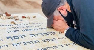 השחקן שחזר בתשובה התפלל בציון של מרן