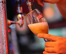 אילוסטרציה - הרבנים אסרו לרכוש בירה - לאחר הפסח